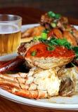 Bière et crabe Image libre de droits