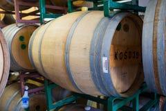 Bières âgées par baril de Bourbon à la brasserie Photo libre de droits
