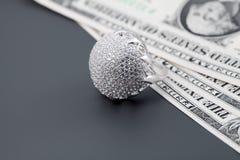 biżuteria pierścionków amerykańscy diamentowi dolary Obrazy Royalty Free