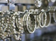 Biżuteria w sklepie Zdjęcie Stock