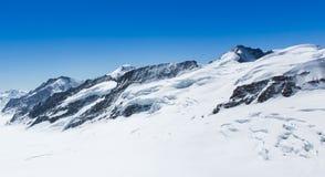 Biała śnieżna góra Fotografia Stock