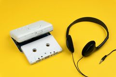 biała audio kasety taśma i biały przenośny kaseta gracz fotografia stock