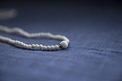 Biała bransoletka Fotografia Stock