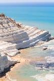 Biała faleza dzwoniąca dzwoniącą & x22; Scala dei Turchi& x22; w Sicily Zdjęcia Royalty Free