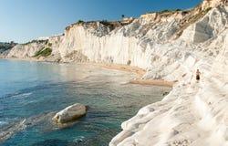 Biała faleza dzwonił Scala dei Turchi w Sicily, blisko Agrigento Zdjęcia Stock