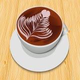 Biała filiżanka cappuccino na drewnianym stole Obrazy Stock