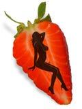 biała kobieta truskawki. Obrazy Stock