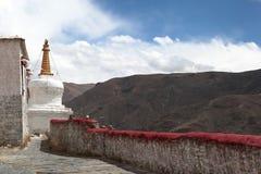 Biała pagoda przy Yumbulakhang pałac, Tybet obraz stock