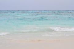 Biała piasek plaża w Tajlandia Zdjęcia Stock