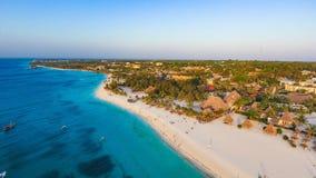 Biała piaskowata plaża Zanzibar Obraz Stock