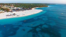 Biała piaskowata plaża Zanzibar wyspa Zdjęcie Royalty Free