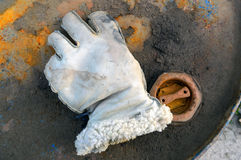 Biała rękawiczka na Ośniedziałej baryłce Fotografia Royalty Free