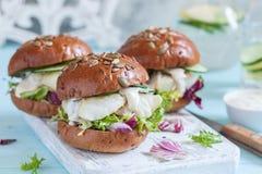 Biała rybia polędwicowa kanapka z winnika kumberlandem Obrazy Stock