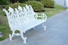 biała wintage ławka zdjęcie stock