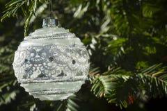 Białe Boże Narodzenie ornamentu dekoracja Obrazy Stock
