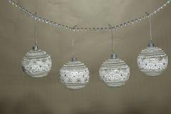 Białe Boże Narodzenie ornamentu dekoracja, rocznika styl Fotografia Royalty Free