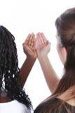 Białe i czarne ręki wpólnie Zdjęcie Stock