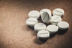 białe tabletki Fotografia Royalty Free