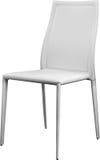 Białego koloru biurowy rzemienny krzesło Nowożytny projektanta krzesło dla wnętrza Odizolowywający na bielu Obrazy Stock