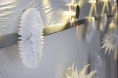Białego papieru rękodzieła origami dekoracja zdjęcie stock