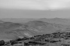 Białej i czarnej magii pustyni wschodu słońca krajobraz nad Izrael judean pustynną ziemią święta Obraz Royalty Free