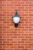 Białej lampy rewolucjonistki ściana z cegieł fotografia stock