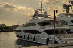 Biały łódź obrazy royalty free