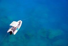 Biały łódź Zdjęcia Royalty Free