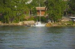 Biały łódź Fotografia Stock