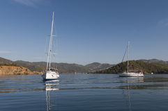 Biały łodzie   zdjęcie royalty free