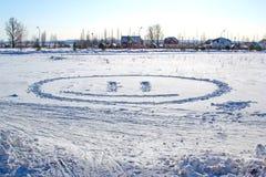 Biały śnieg z tonie uśmiech obrazy stock