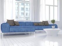 Biały żywy izbowy wnętrze z błękitną leżanką Fotografia Stock
