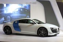 Biały audi r8 v10 samochód obrazy royalty free