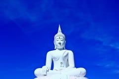 Biały Buddha w niebie Obrazy Stock