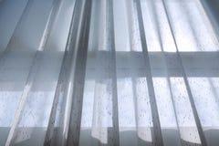 Biały draperii zasłony obwieszenie na okno Obraz Stock
