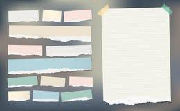 Biały i kolorowy rozdzierający pasiasty papier notatnika prześcieradło dla notatki lub wiadomość, wtykaliśmy z kleistą taśmą ilustracji