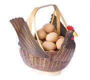 biały koszykowi tło jajka Obraz Stock