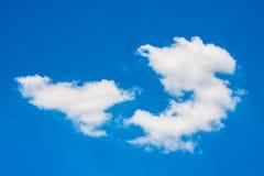 Biały niebieskie niebo i clound Zdjęcie Royalty Free