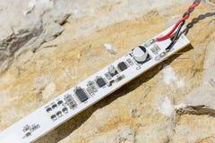 Biały PCB z kilka SMD elektronicznymi składnikami zdjęcie stock