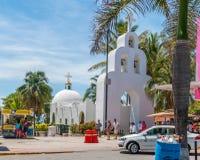 Biały Piękny kościół katolicki Zdjęcie Royalty Free
