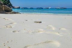 Biały piaska zbliżenie na Tajlandzkiej plaży Zdjęcia Stock