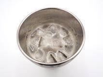 Biały piwo piany kostek lodu i bąbli zakończenie Fotografia Stock