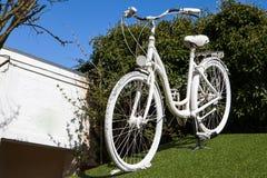 Biały rower obrazy stock