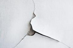 Biały tło z krakingowym tynkiem Fotografia Royalty Free