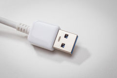Biały usb 3 (0) kabli z mikro b włącznikiem Zdjęcie Stock
