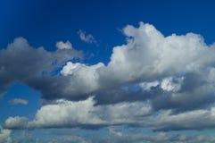 Białe burzowe chmury Zdjęcie Stock