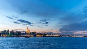 Białe noce w St Petersburg, Peter i Paul fortecy, Czerwiec 10, 2016 Zdjęcie Stock