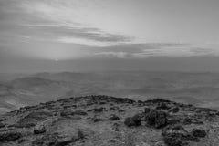 Białej i czarnej magii krajobraz judean pustynia w Izrael r Obraz Royalty Free
