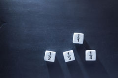 Biała frakcji matematyki liczba dices na blackboard Zdjęcie Stock