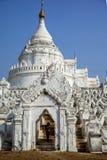 Biała pagoda, Mandalay, Myanmar Obraz Stock